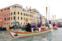 """意大利威尼斯人口不足六万 办城市""""葬礼"""""""
