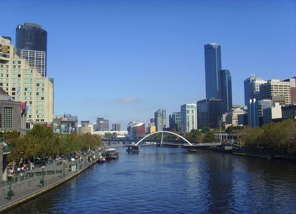 澳洲人口增长中绝大部分是移民数量增加