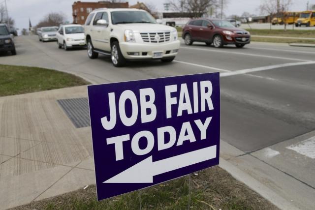美国10月非农就业人口增长21.4万人 失业率降至5.8% 创6年新低