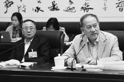 北京政协委员:剥离非首都功能是疏解人口关键
