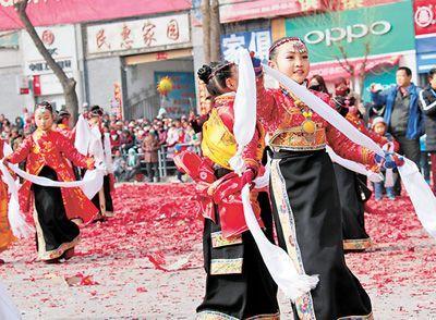 欢乐祥和闹元宵 全国各地传统文化特色浓郁