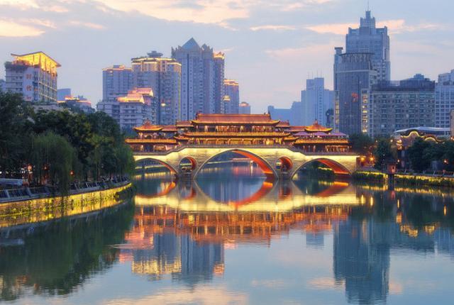 中国近五年人口增长最多的六座省会城市,郑州排第二!