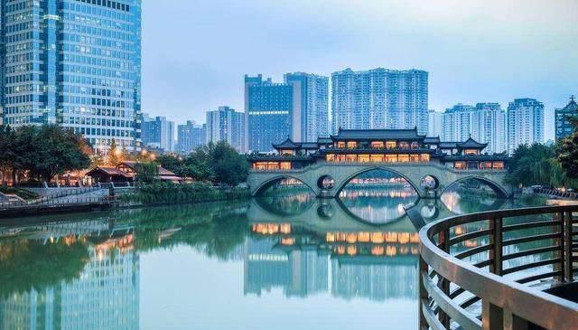 人口超天津达1600万,未来还有信心成一线城市
