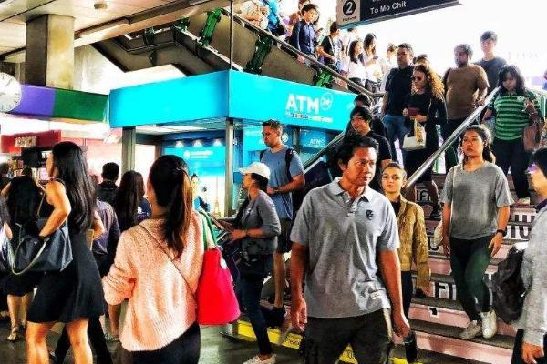肖姓人口数量_中国各民族人口数量排行榜,人数最少的民族是哪个?