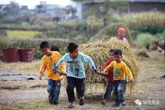 中国的人口问题_科技创新为什么是应对中国人口问题的最佳路径?