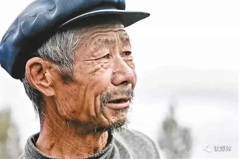 中国人口第六次普查_第六次全国人口普查第1号公报公布