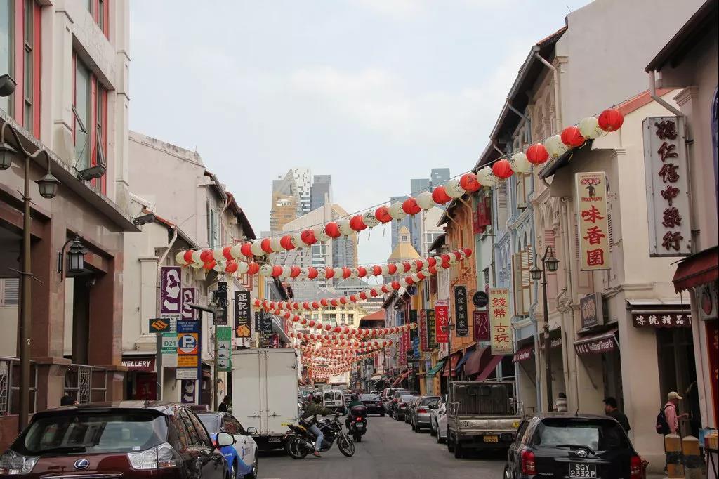 新加坡人口2019年_新加坡华人人口占据70%,2019年他们的人均收入大调查