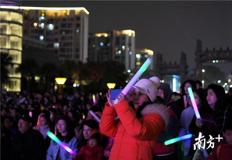江门市常住人口_常住人口增量创近8年新高江门这座城靠什么吸引了你?